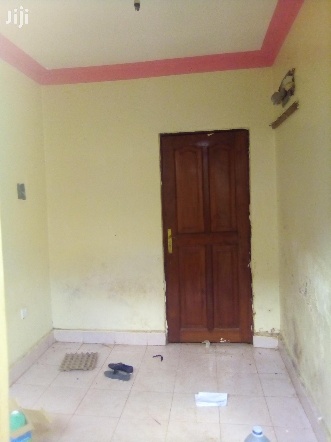 Single Self Contained Room in Mutungo