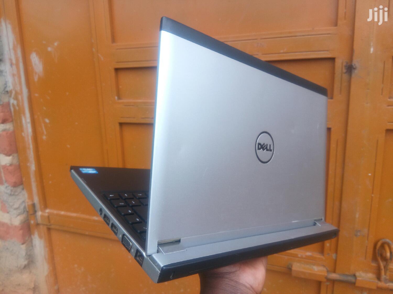 Archive: Laptop Dell 4GB Intel Core i3 320GB