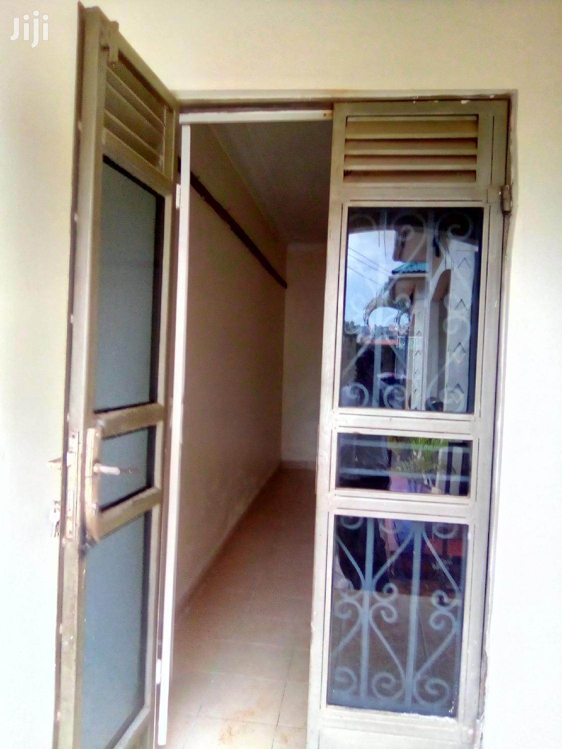 Single Rooms Selfcontained Bweyogerere