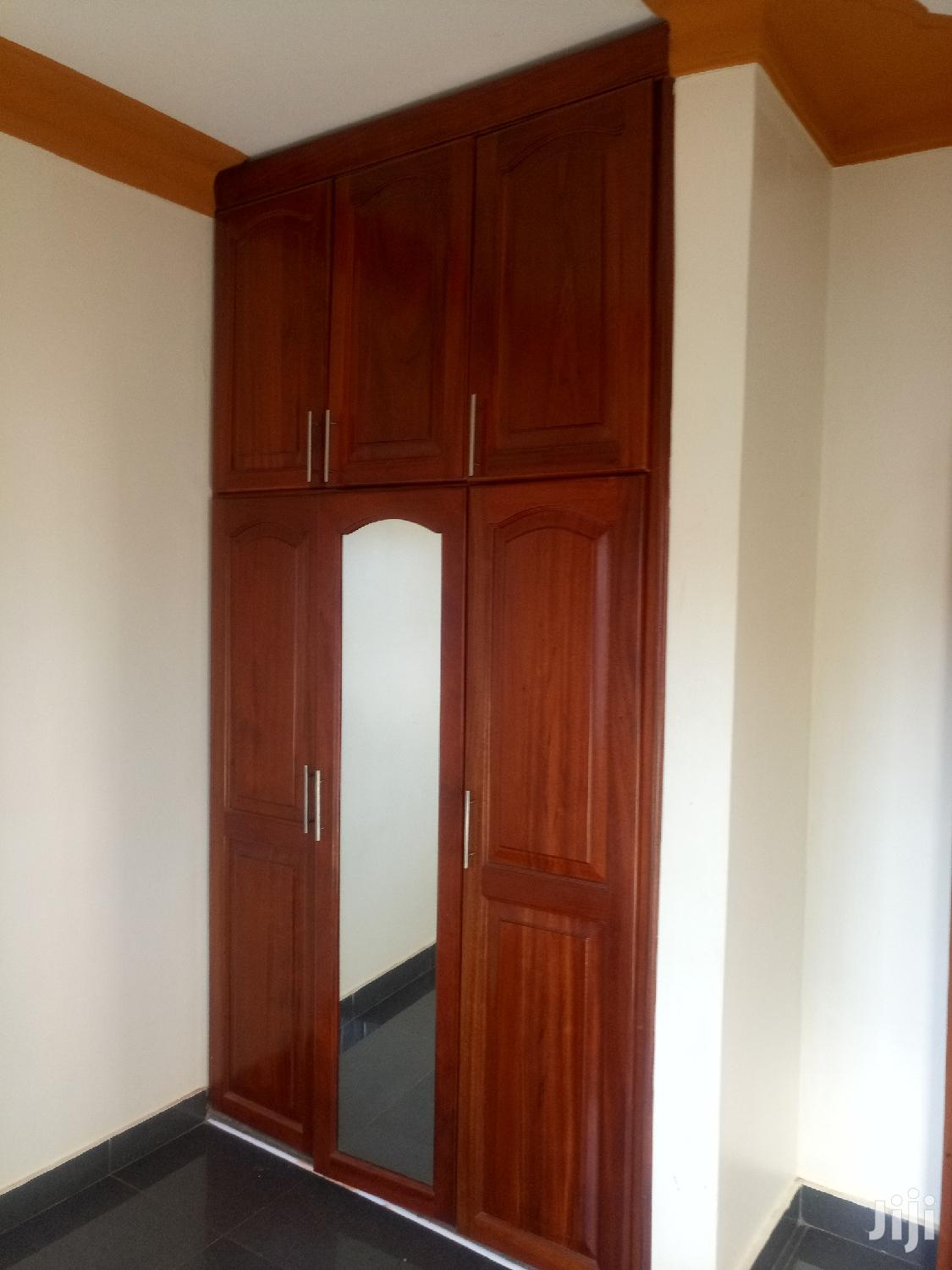 Archive: Three Bedrooms Standalone House for Rent in Kireka