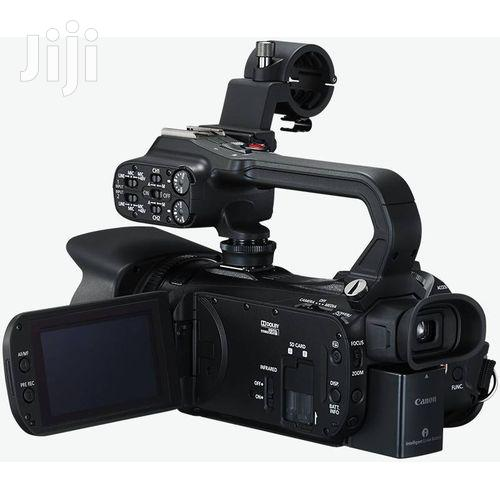 CANON XA11 Compact Professional Full HD Camcorder | Photo & Video Cameras for sale in Kampala, Central Region, Uganda