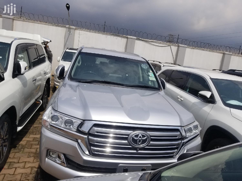 Toyota Land Cruiser 2017 Silver