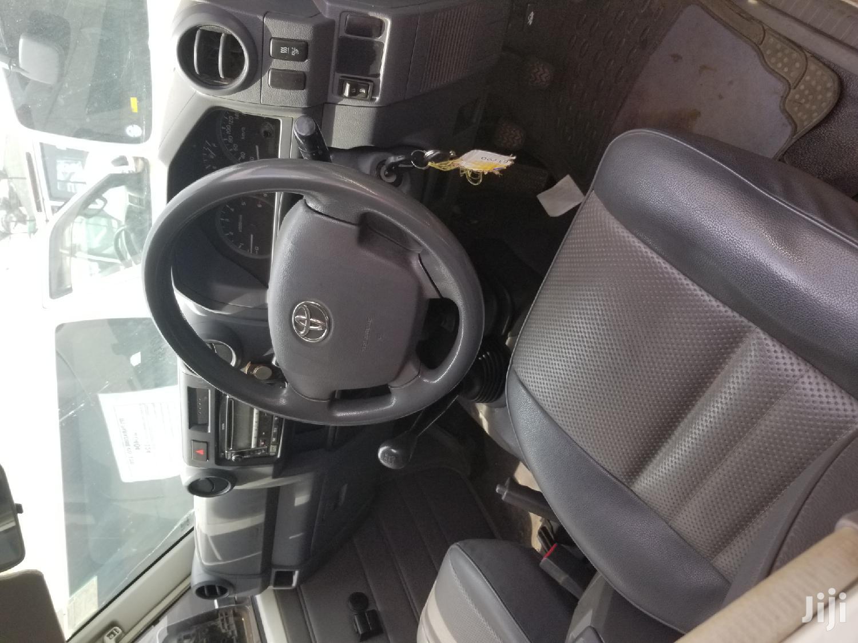 Toyota Land Cruiser 2018 White   Cars for sale in Kampala, Central Region, Uganda
