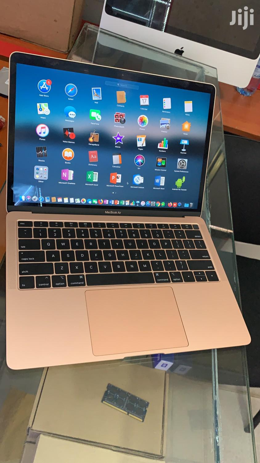Archive: New Laptop Apple MacBook Air 8GB Intel Core i5 SSHD (Hybrid) 128GB