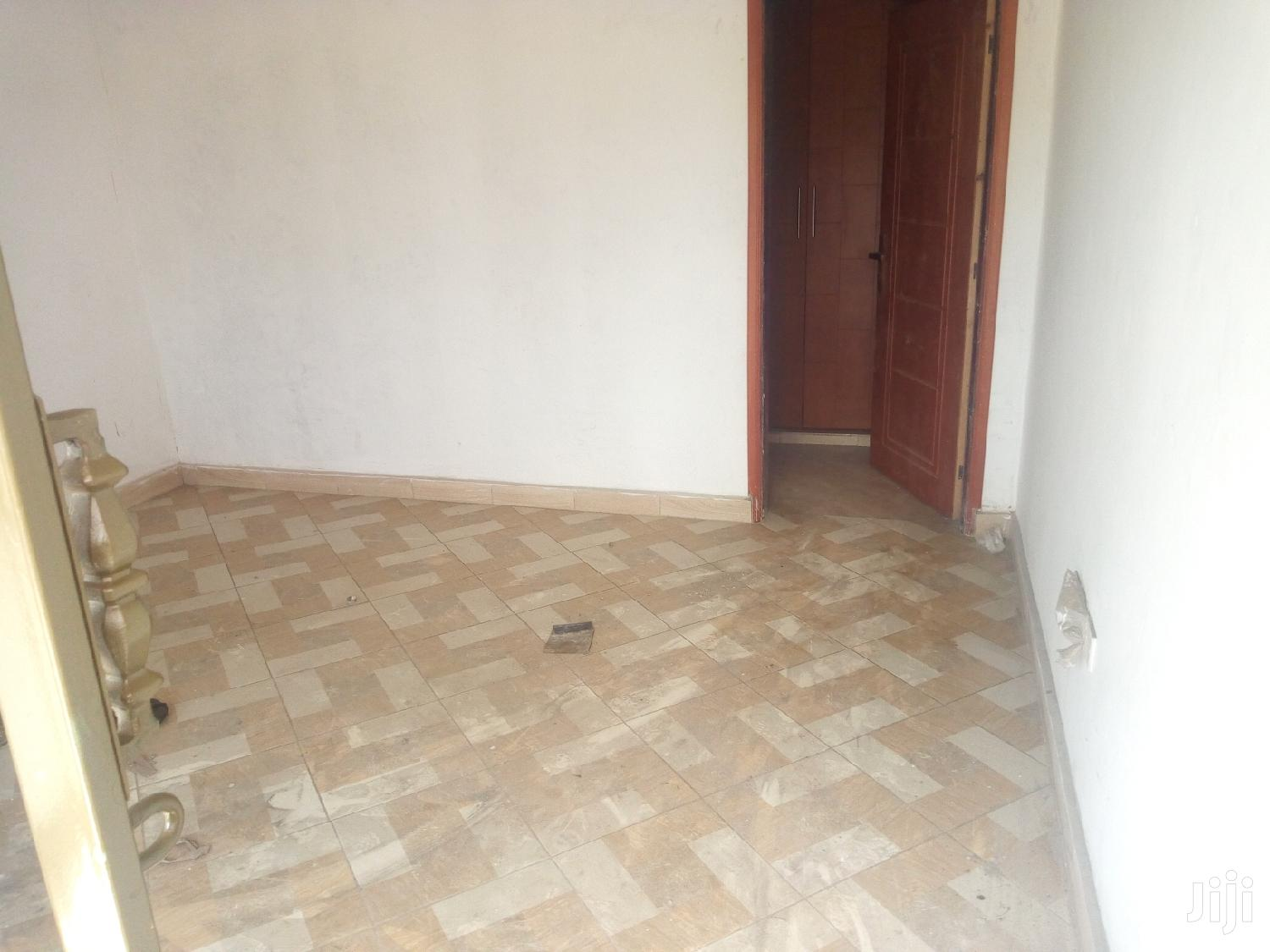 Archive: Brand New Double Room in Bweyogerere