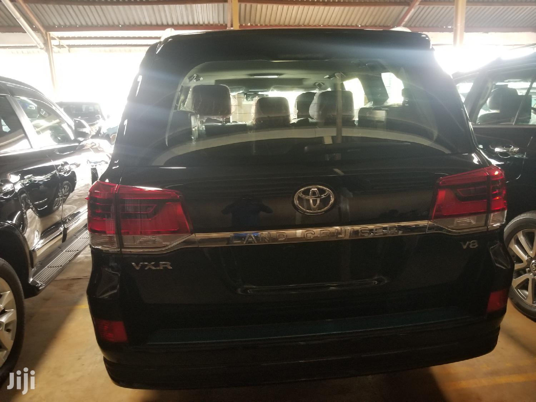 Archive: New Toyota Land Cruiser 2019 Black