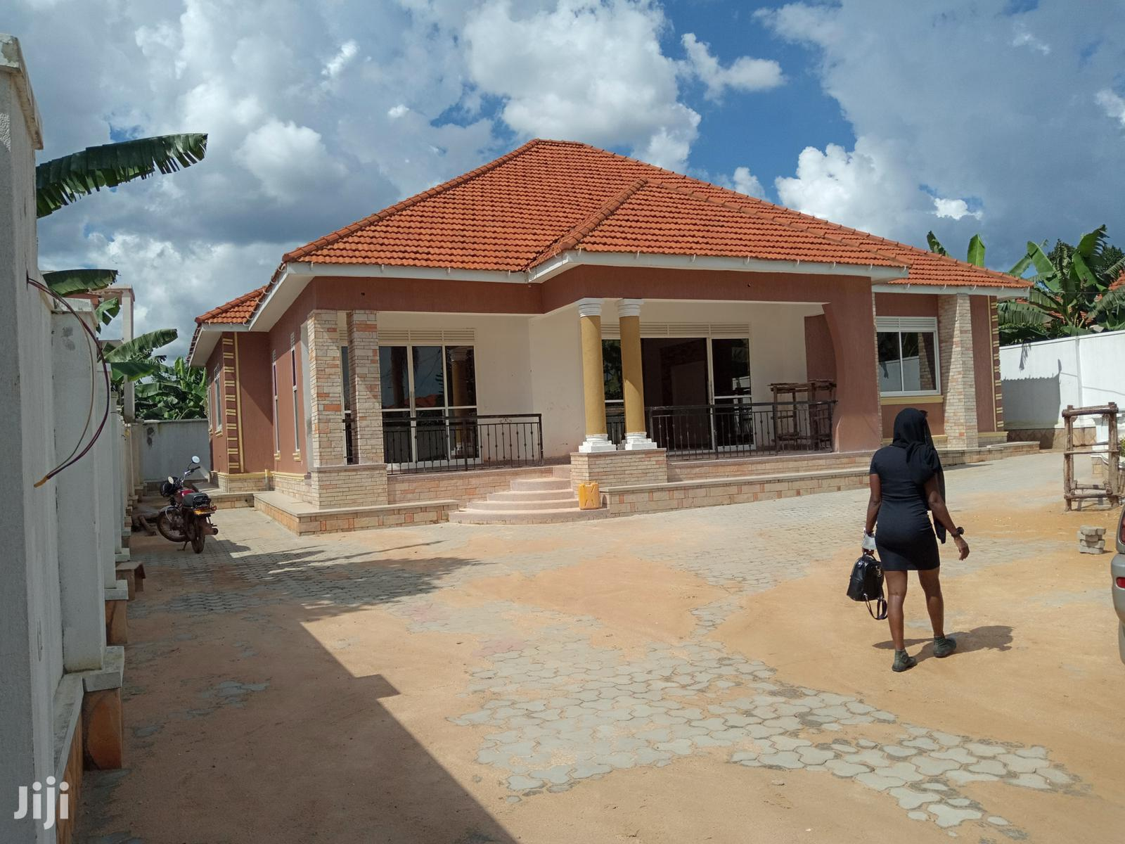 Kira Large Mansion on Sell | Houses & Apartments For Sale for sale in Kampala, Central Region, Uganda
