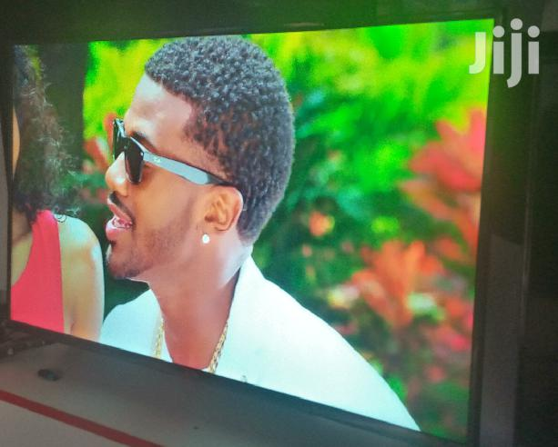 LG Flat Screen Digital Tv 43 Inches