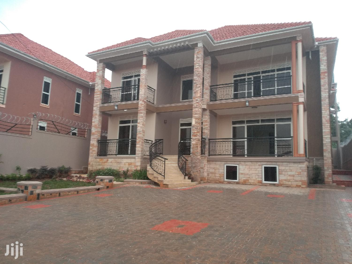 Six Bedroom Mansion In Naalya For Sale