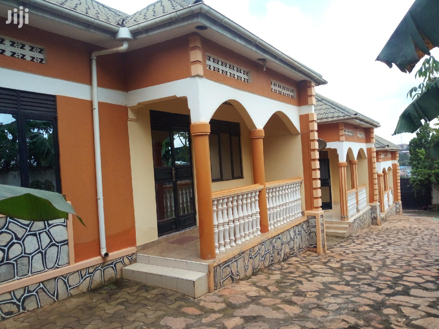 Archive: 2bedroomed House for Rent in Kyaliwajjala Town at 500k