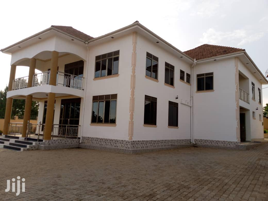 Eight Bedroom Mansion In Gayaza-Nakwero For Sale