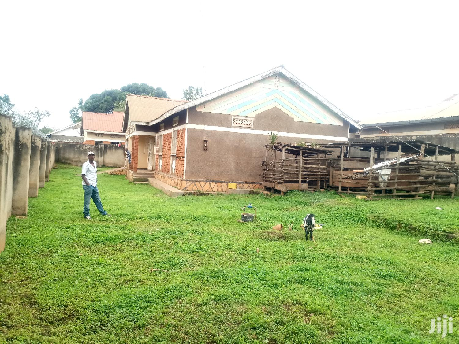House on Quick Sale in Kireka | Houses & Apartments For Sale for sale in Kampala, Central Region, Uganda