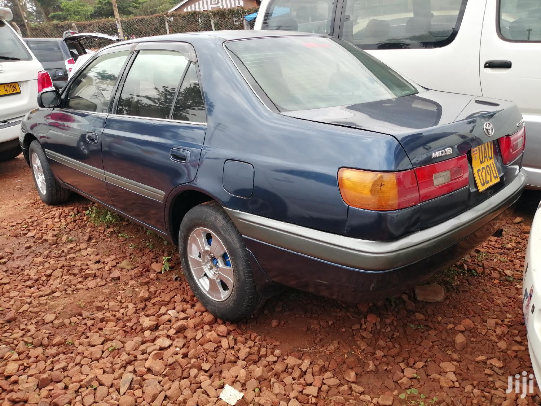 Archive: Toyota Premio 1998 Blue