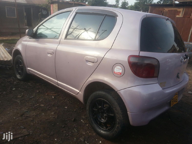 Archive: Toyota Vitz 2001 Pink