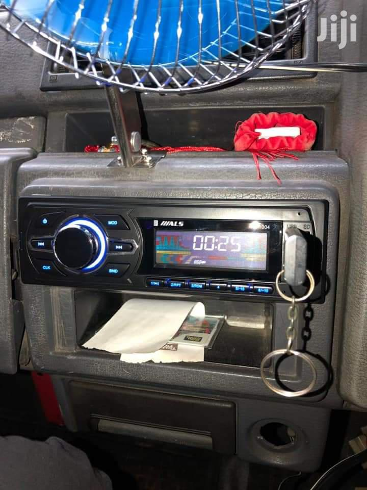 Simple Car Radio*