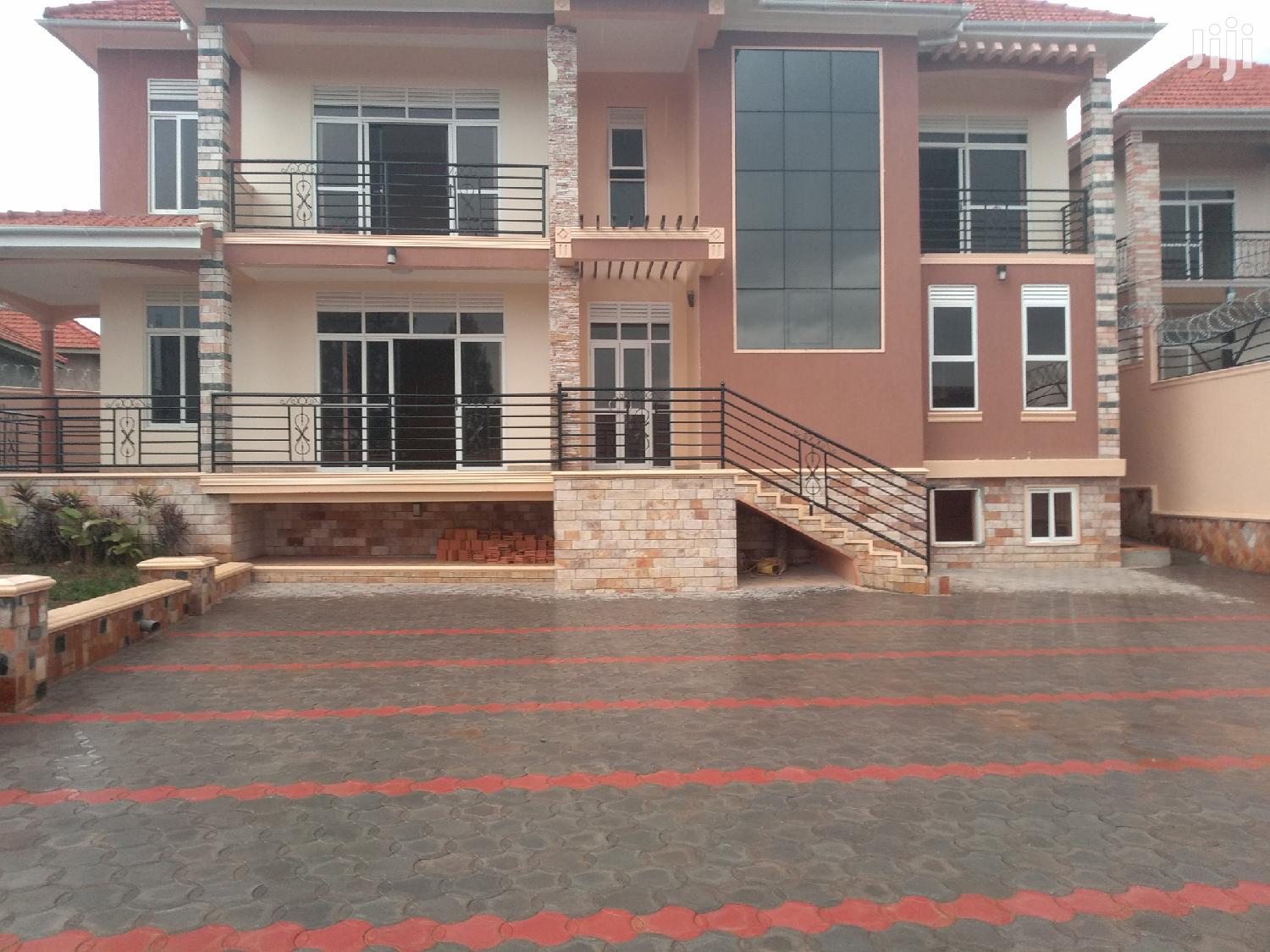 Affordable Home for Sale in Kira With Ready Land Title | Houses & Apartments For Sale for sale in Kampala, Central Region, Uganda