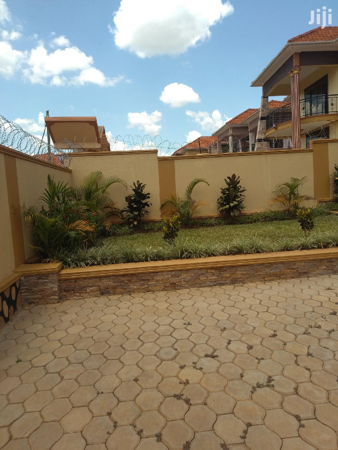 Archive: Six Bedrooms House for Sale Najjera Road With Land Title