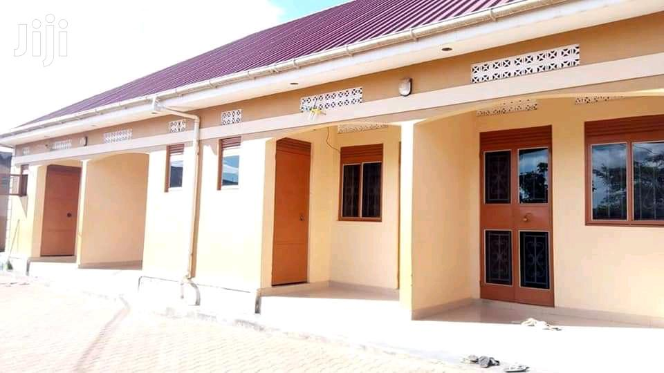Archive: Double Room Self Contained In Kisaasi