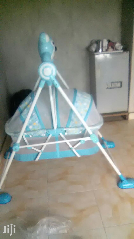 Baby's Stroller Bed