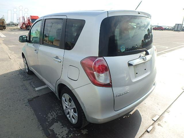 Archive: Toyota Ractis 2008 Silver