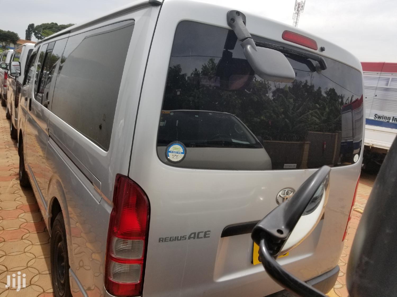 New Toyota HiAce 2006 Silver   Cars for sale in Kampala, Central Region, Uganda