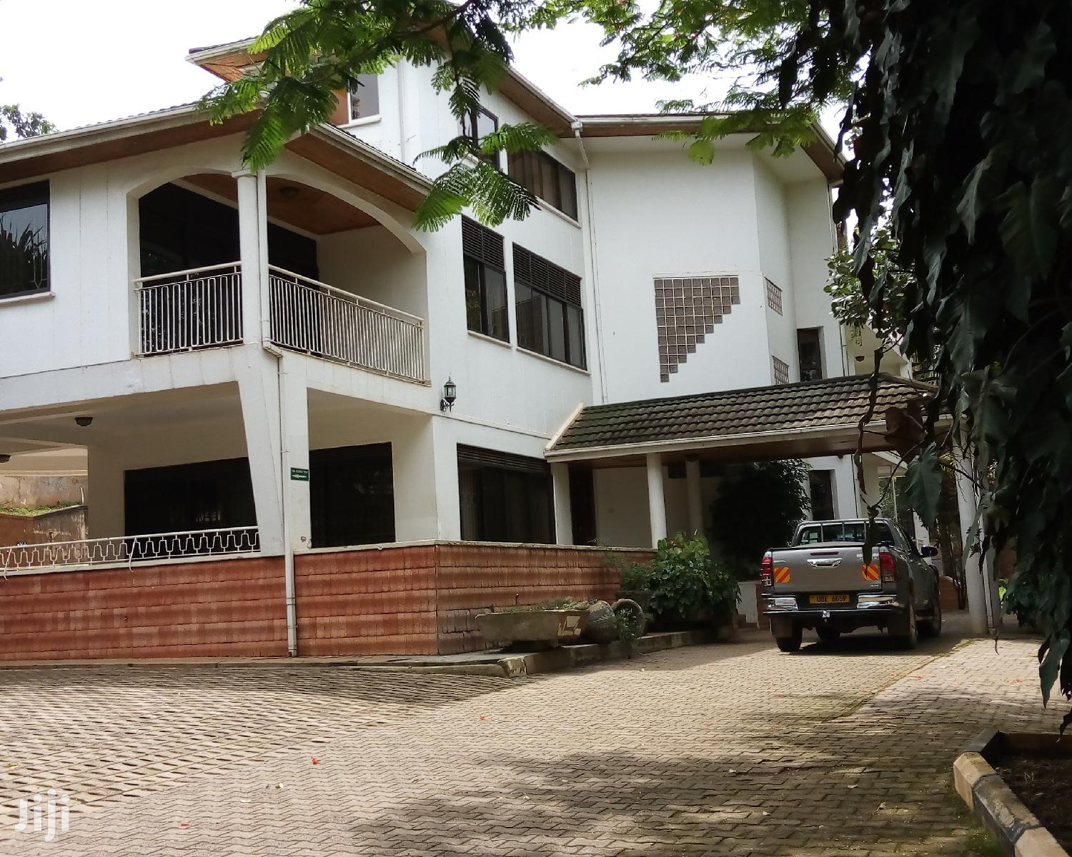 House Is for Rent in Kololo