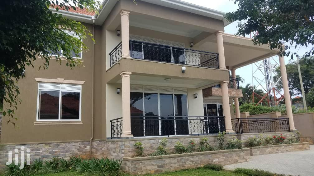 Furnished Houses at Salaam Munyonyo in a Well Developed And