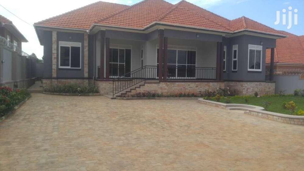Four Bedroom House In Kirinya Along Bukasa Road For Rent