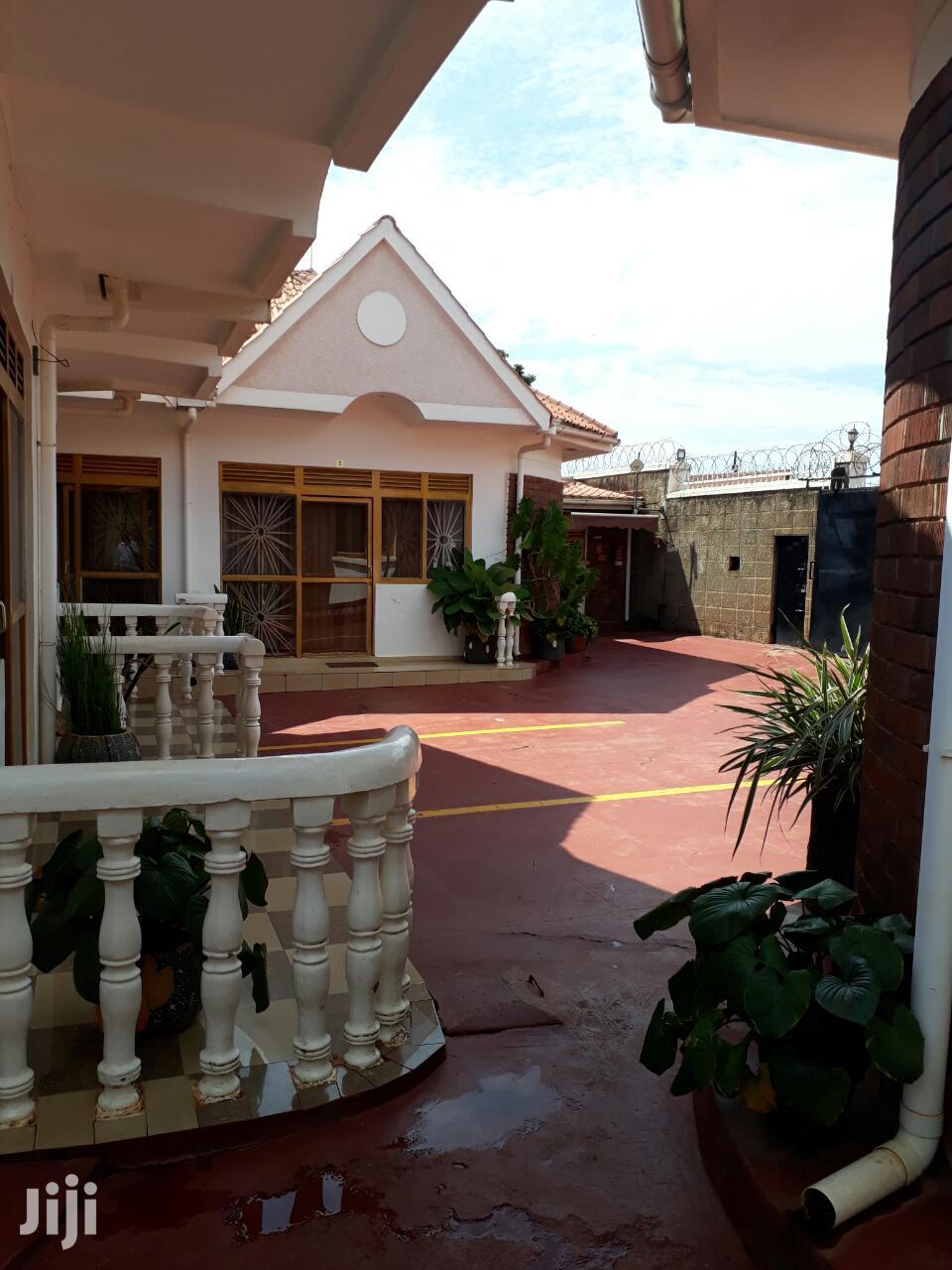 Furnished Single Bedroom House At Salaama Munyonyo For Rent