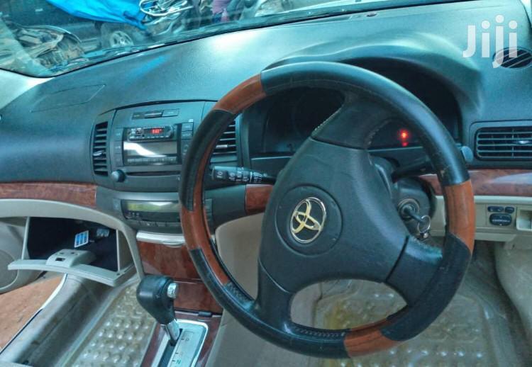 Archive: Toyota Premio 2003 White