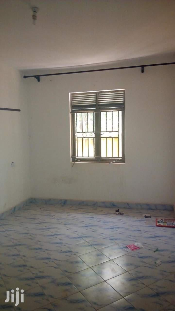 Archive: Bweyogerere Double Room Self-Contained