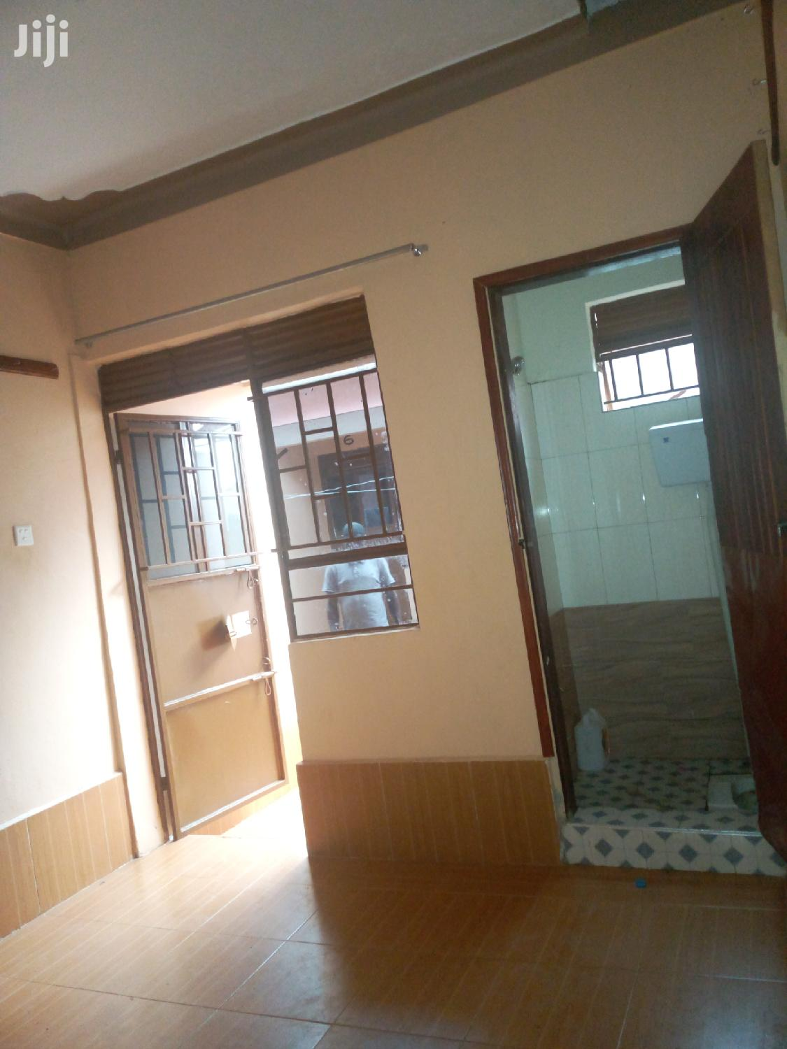 Single Room For Rent For In Kitintale Mutungo Road | Houses & Apartments For Rent for sale in Kampala, Central Region, Uganda