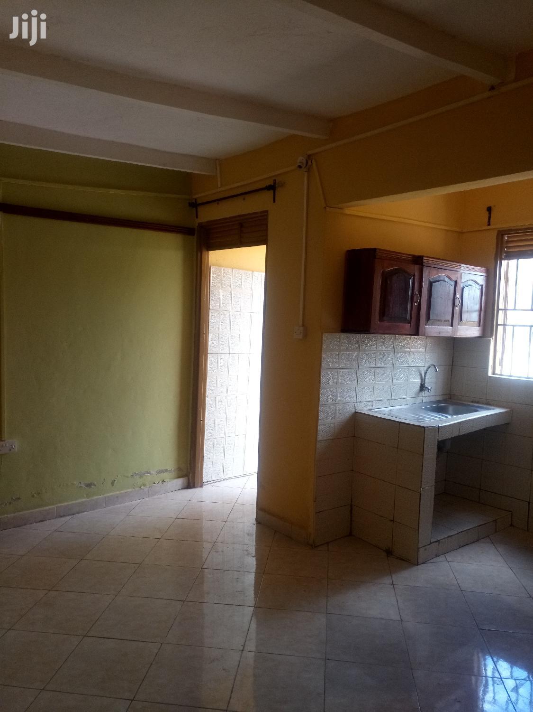 Mutungo Big Studio Single Room House for Rent