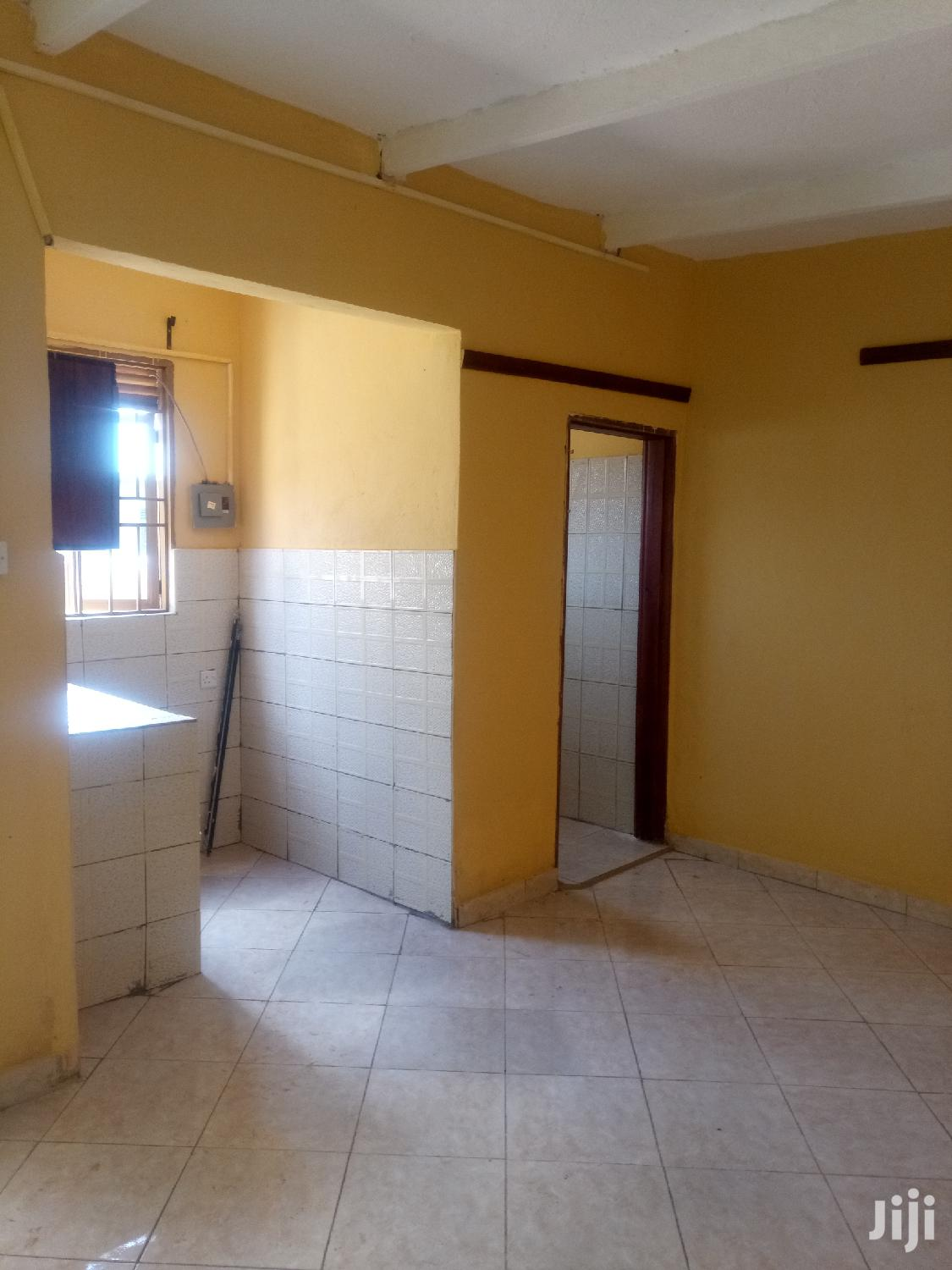 Mutungo Big Studio Single Room House for Rent | Houses & Apartments For Rent for sale in Kampala, Central Region, Uganda