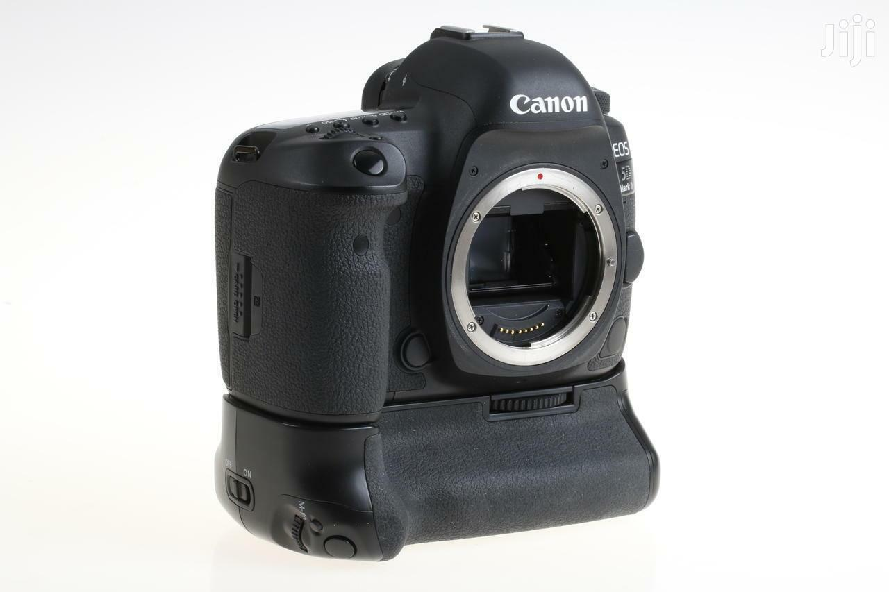 Archive: CANON EOS 5D Mark IV