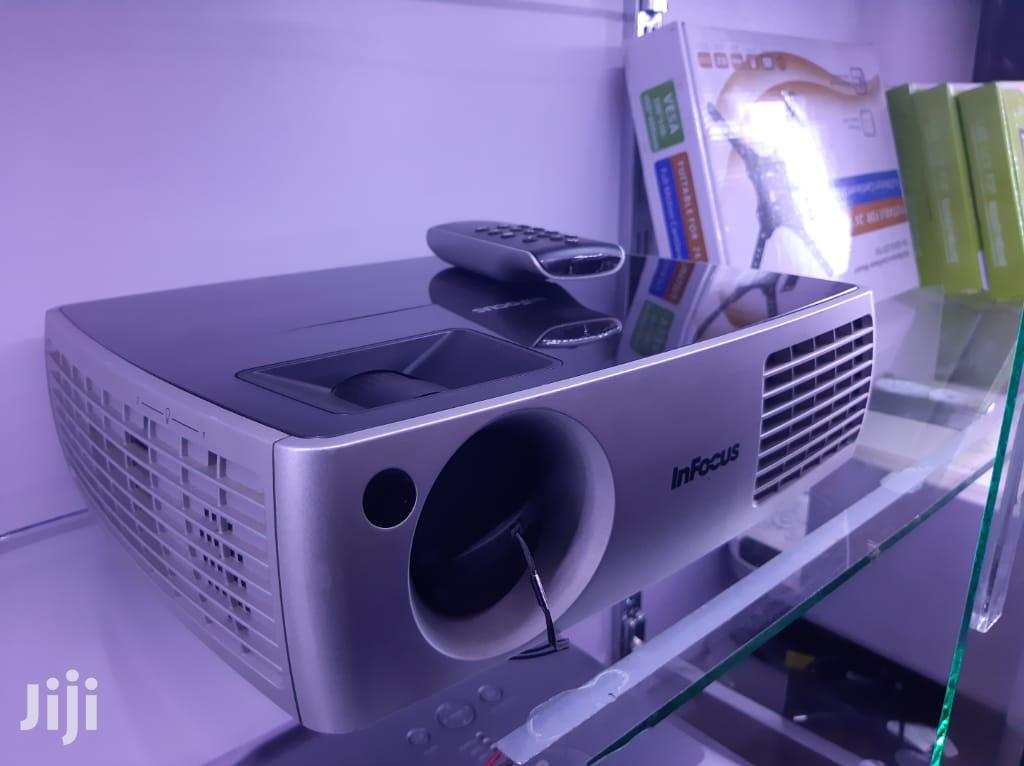 Dell ,Sonya Projector | TV & DVD Equipment for sale in Kampala, Central Region, Uganda