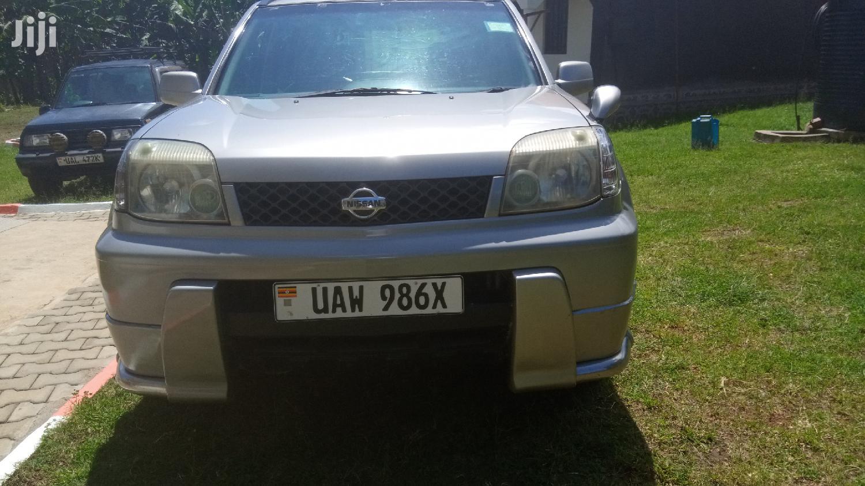 Nissan X-Trail 2001 Gray