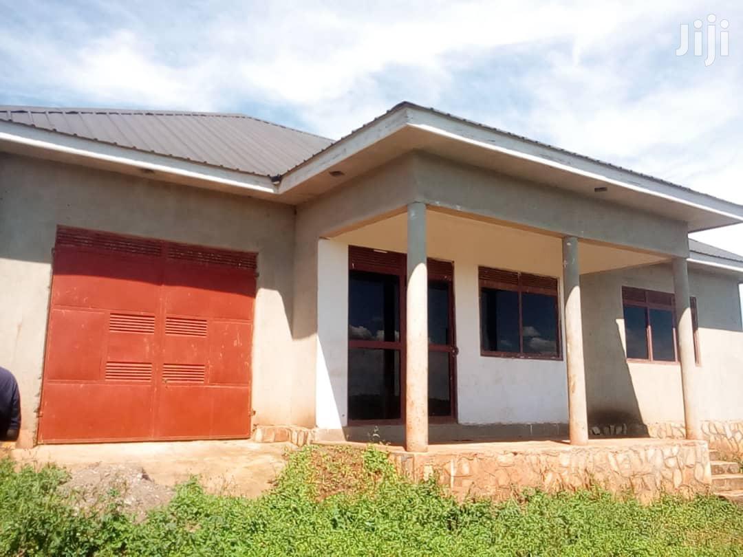 Shell House In Kitovu Kitende Entebbe Road For Sale