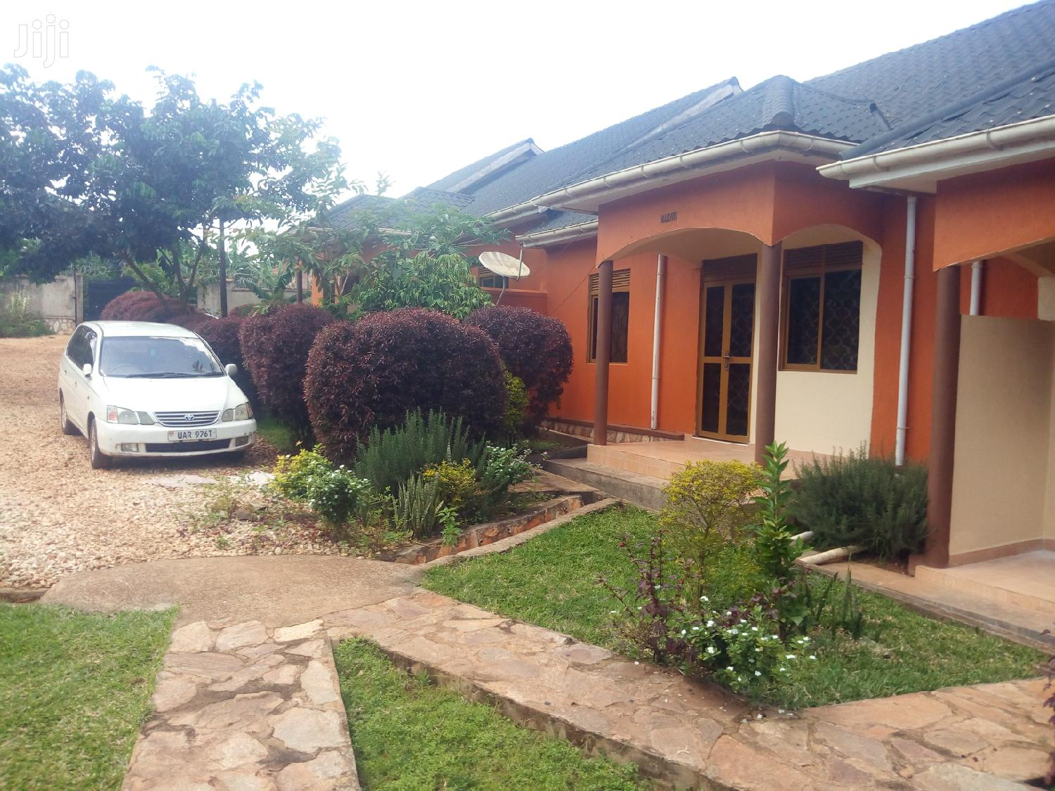 Archive: Kira Modern Two Bedroom House Available for Rent