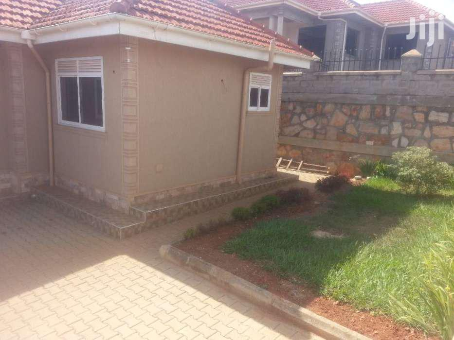 Fabulous 3beds/4 Toilets/Servants Quarter In Buwaate  | Houses & Apartments For Sale for sale in Kisoro, Western Region, Uganda