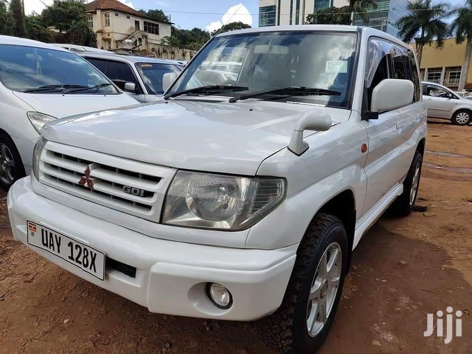Mitsubishi Pajero IO 1999 White