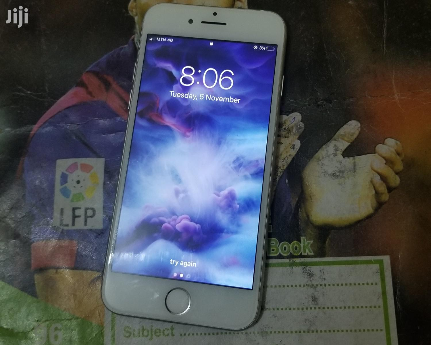 Archive: Apple iPhone 7 32 GB White