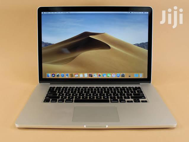 Laptop Apple MacBook Pro 16GB Intel Core i7 SSD 512GB