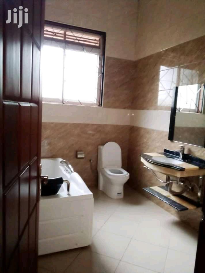Archive: Muyenga Bukasa Four Bedroom Mansion For Sale