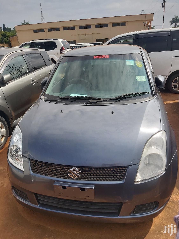 Suzuki Swift 2005 Gray