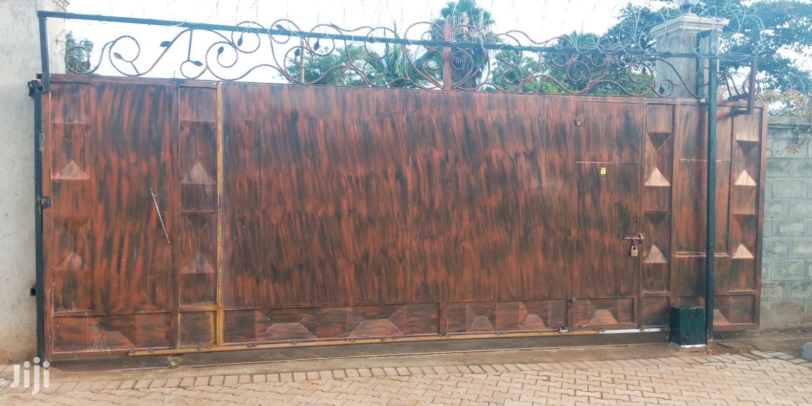 Electric Fence and Automatic Gate | Doors for sale in Kampala, Central Region, Uganda