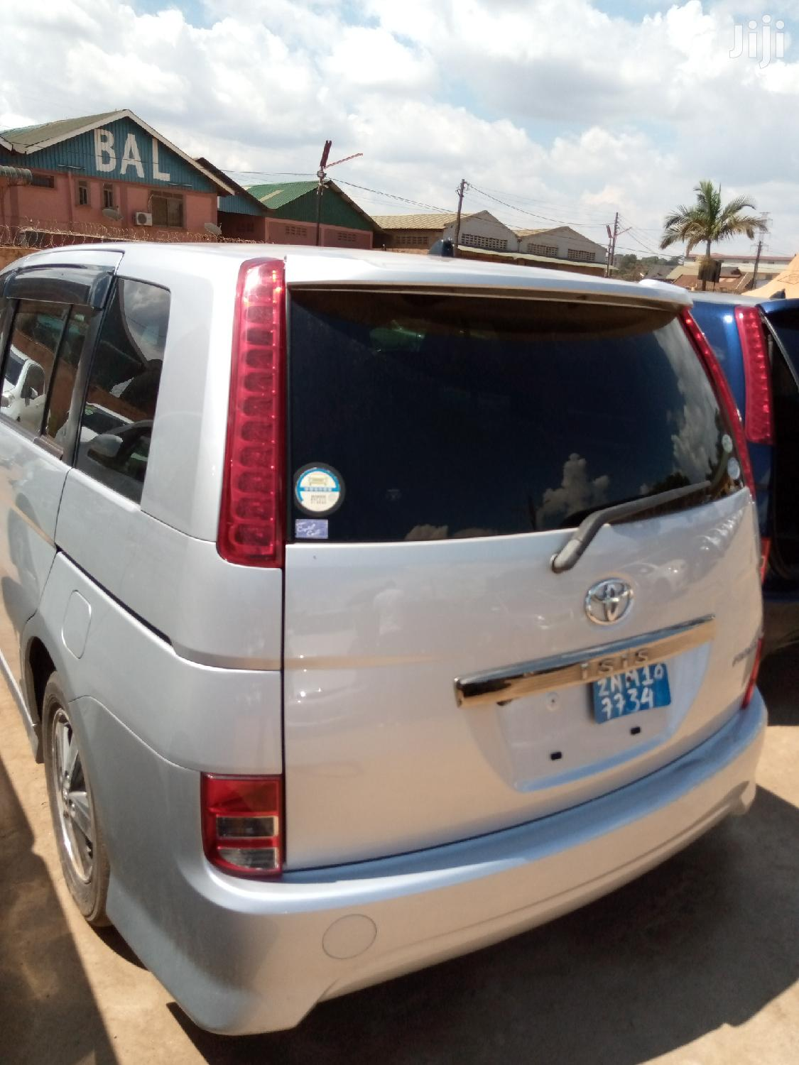 New Toyota ISIS 2008 Silver | Cars for sale in Kampala, Central Region, Uganda