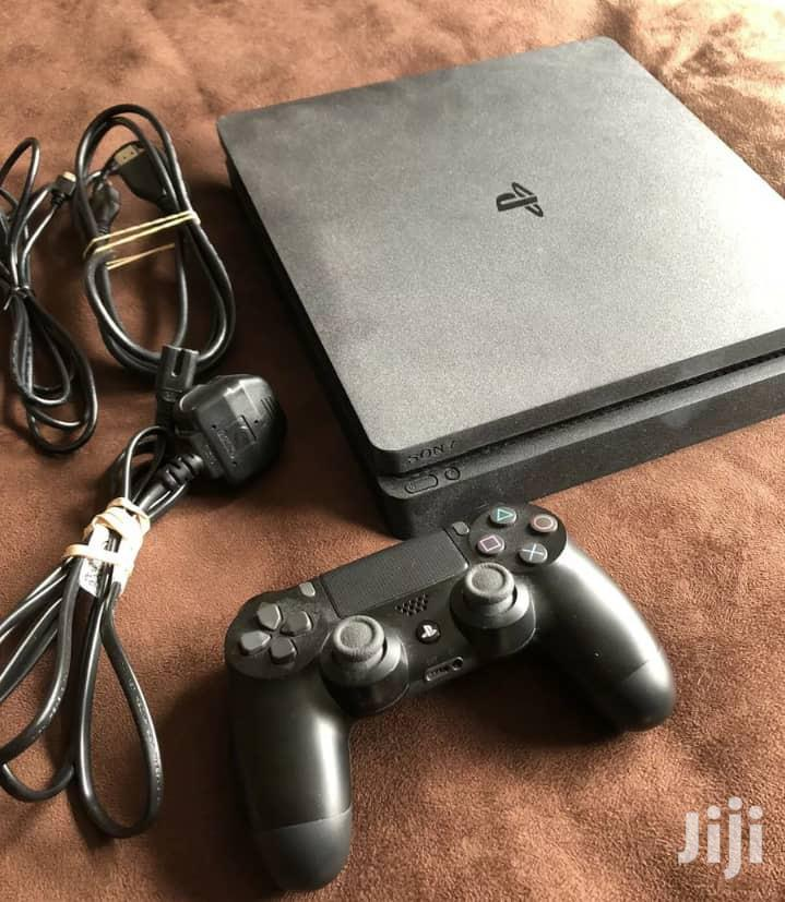Ps4 Slim With Controller And Fifa 19