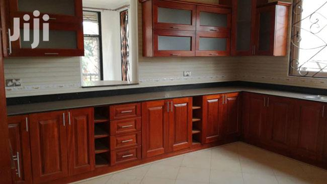 Archive: 5bedroom House for Rent in Munyonyo Uganda
