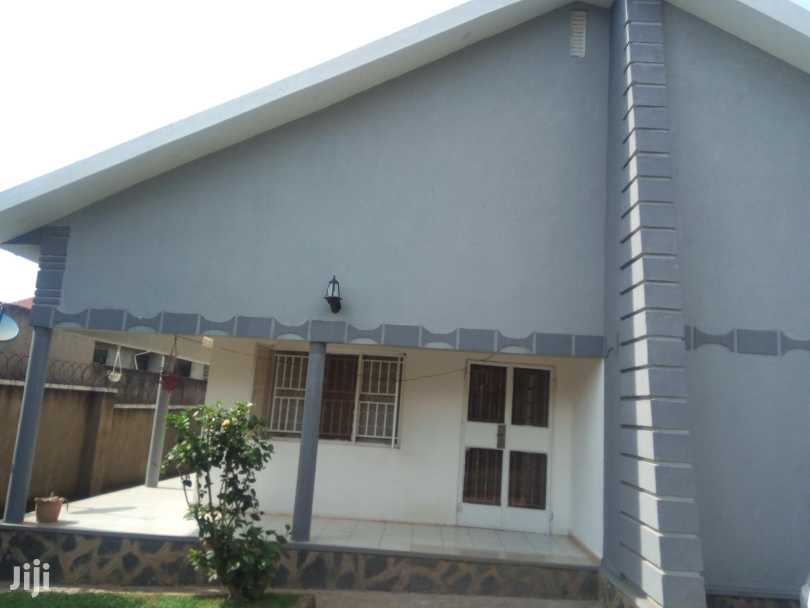 Archive: Kirinya Lovely Home on Sell